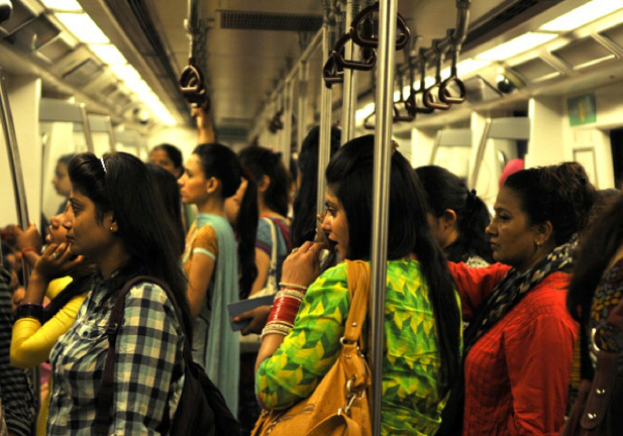 Ladies coach of the Delhi metro is not always smooth ! Read out how