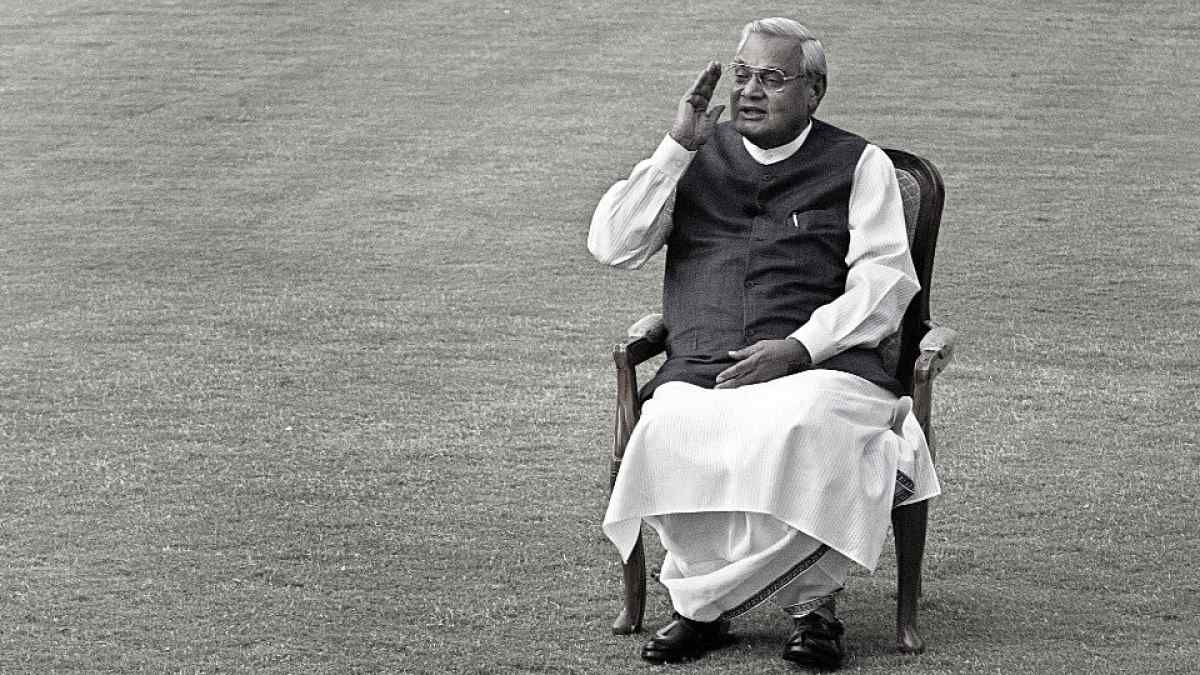10 Best Poems Of Atal Bihari Vajpayee Available On YouTube